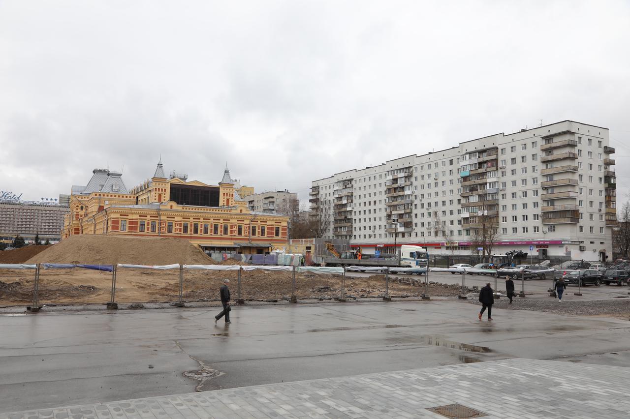 Площадку перед Нижегородской ярмаркой обновят к середине июля - фото 1
